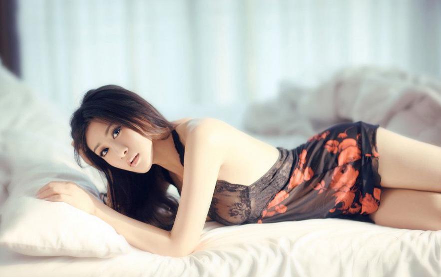 游戏美女让男人激动的性感图集游戏美女图片写